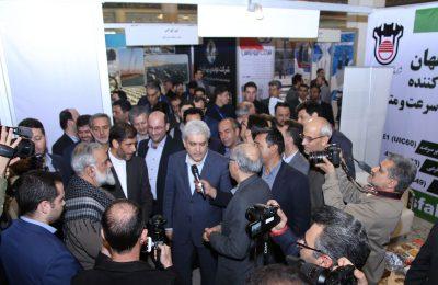 تولید ریل ملی در ذوب آهن اصفهان ، افتخاری بزرگ برای کشور است