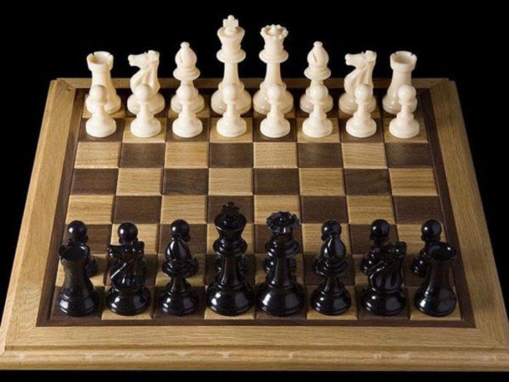 جذب مربی خارجی برای تیم ملی بانوان در برنامه فدراسیون شطرنج