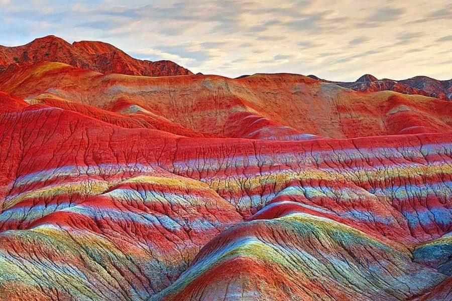 کوههای رنگین کمانی؛ از ایران تا کانادا